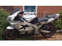Kawasaki ninja zx6r 636 roadbike superbike swap or sell 600