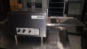 HOLMAN SMALL CONVEYOR PIZZA OVEN
