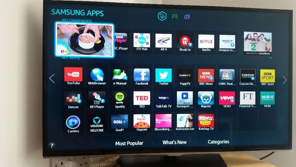 samsung 32 smart tv with built in wifi freeview hd full. Black Bedroom Furniture Sets. Home Design Ideas