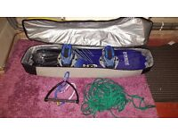 Hyperlite 136 wakeboard with bag and toe rope
