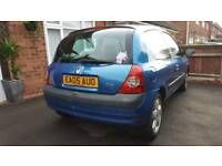 Renault Clio 1.2 5 months mot full service history