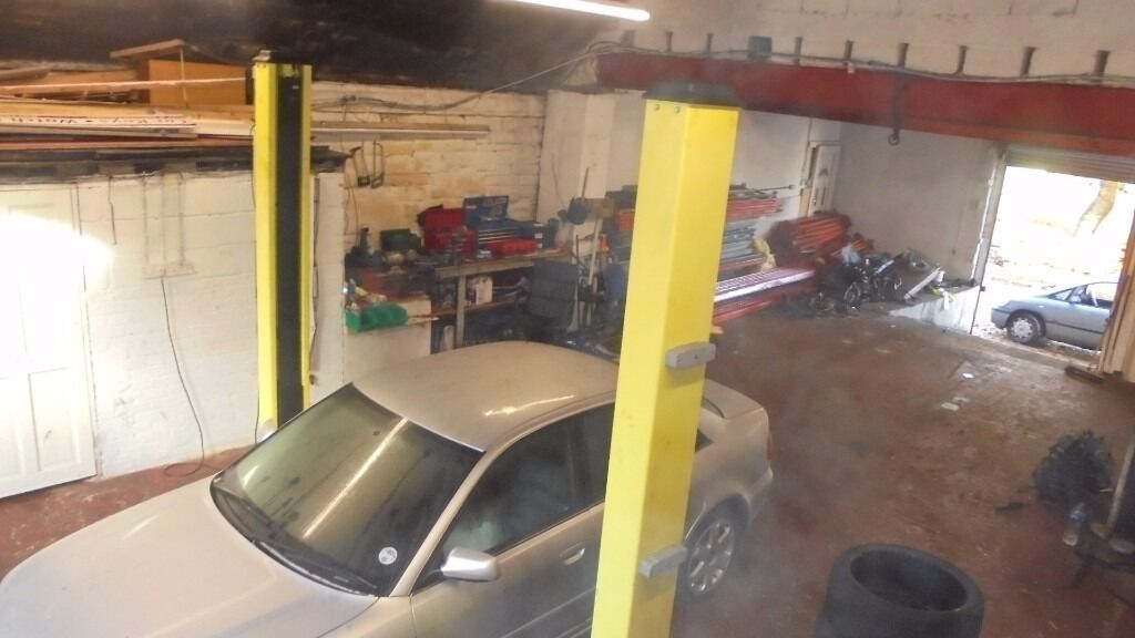 Garage Unit Workshop Unit To Rent In Bolton Manchester
