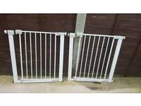 2 x opening saftey gates £10 each