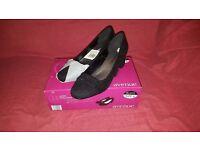 Ladies Party Shoes Size 6