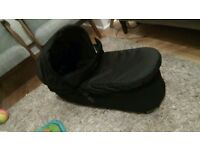 carricot plus for mountain buggy duet and rain cover in great condition!!