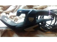 Electric hedge trimmer in excellent condition