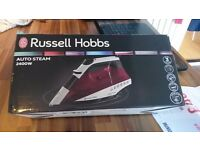 Brand New Russell Hobbs 2400w Auto Steam Iron