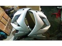 Yamaha FZ1S lower fairing side panel plastics, OEM and fitting kit. Silver, VGC