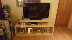 TV Stand (2 Parts)
