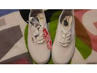 Unisex bnwt size 1 and a half white vans
