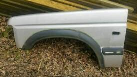 Land Rover Discovery 2 TD5 V8 Nearside Front Wing Blenheim Silver 642