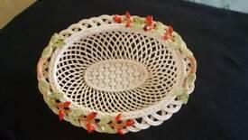 Belleek Weave Rose bud bowl