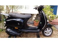 Vespa ET4 125. 1 Full year MOT. Refurbished Engine & Properly Maintained. Good Body Work