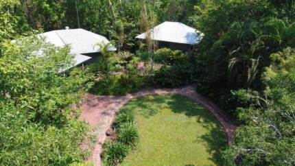 Tropical Home in a relaxed environment. Reduced by $25000!