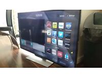 LUXOR 32 LED Stylish SMART TV in Great condition
