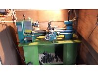 918 lathe in very good Condition, new belt, with tool box and extra's