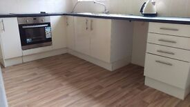 Great quality Kitchen Furniture - 8 units - New