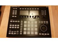 Native Instruments Maschine Studio Black Groove Production Controller & Software
