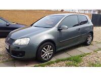 Volkswagen Golf s 2004 but registred in 2005 1.4 HPI clean good condition