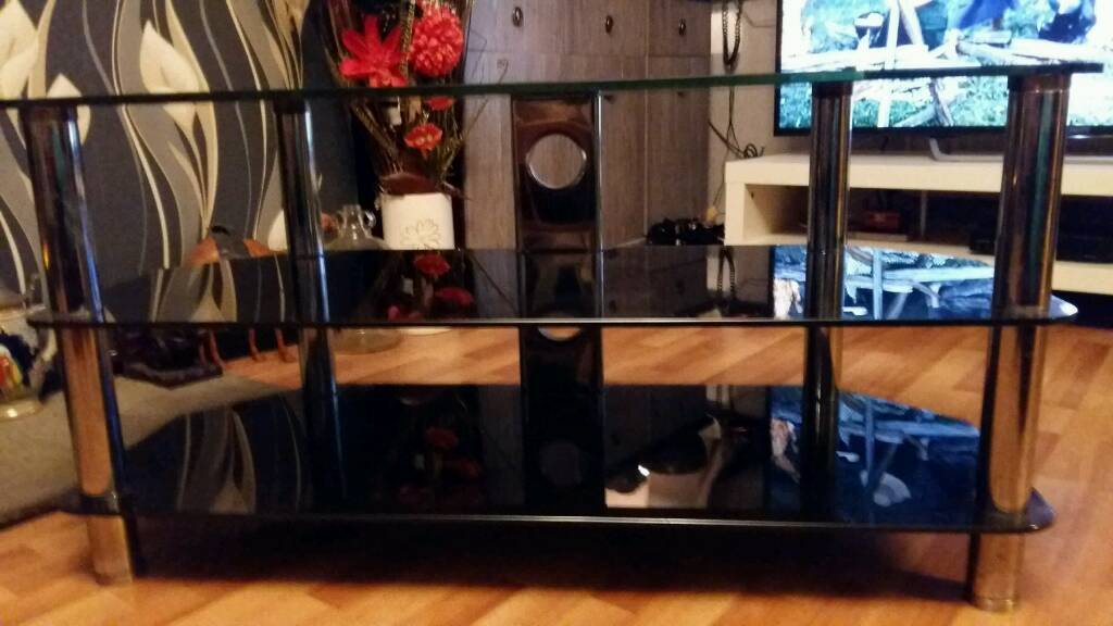 Tv stand large £10