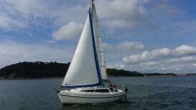 Leisure 23SL sailing boat yacht bilge keel