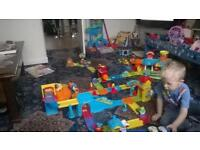 VTECH Toot Toot - Cars, Animals and accessories