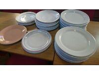 Mixture of ceramic plates
