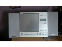 "Quality ""PANASONIC"" Radio cd player etc"