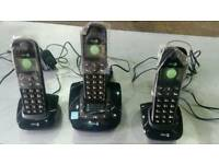 Set 3 cordless phones with digital answer