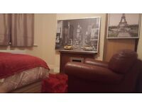 CLEAN NEW DOUBLE CLOSE TO CITY FULLY FURNISHED WITH LUXURY JOHN LEWIS MEMORY FOAM MATTRESS