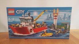 LEGO city fire boat - NEW!