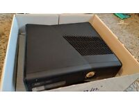 Still available : Xbox 360 240GB + kinect + wireless controller bundle