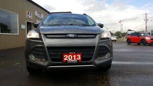 2013 Ford Escape AWD-HEATED SEATS-BIG SCREEN Windsor Region Ontario image 7