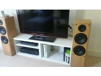 """Samsung 37"""" LCD TV - 3x HDMI, HD-Ready, USB media player, optical input - Great condition"""