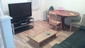 ROOMSHARING, SINGLE AND DOUBLE ROOMS IN NEWLY DECORATED HOUSE IN EDMONTON