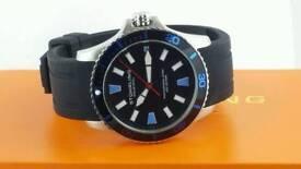 Stuhrlingl Regatta Bracera Professional Diver 200M Quartz 706.02 Men's Watch
