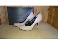 Size 7 (40) Nude Court Shoes