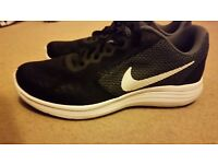 Nike womens trainers size 6