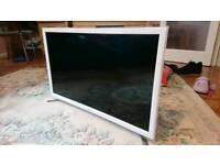 Samsung 32 inch smart HD LCD TV