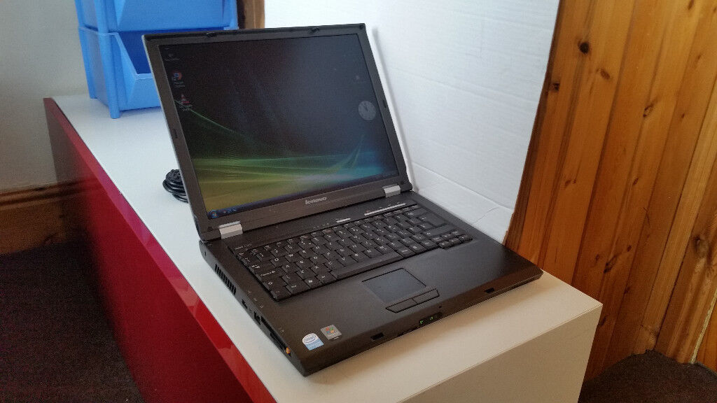 Lenovo 3000 C200 Laptop/Intel Celeron 1.73Ghz/1.5Gb Ram/120Gb HDD/Ddvrw/WinVista