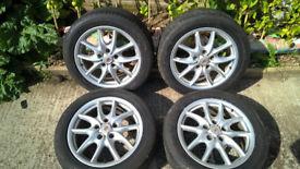 """Porsche Cayenne Speedline 19"""" alloy wheels with excellent matching Bridgestone tyres."""
