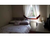 Double room to rent in flat share - Pollokshields