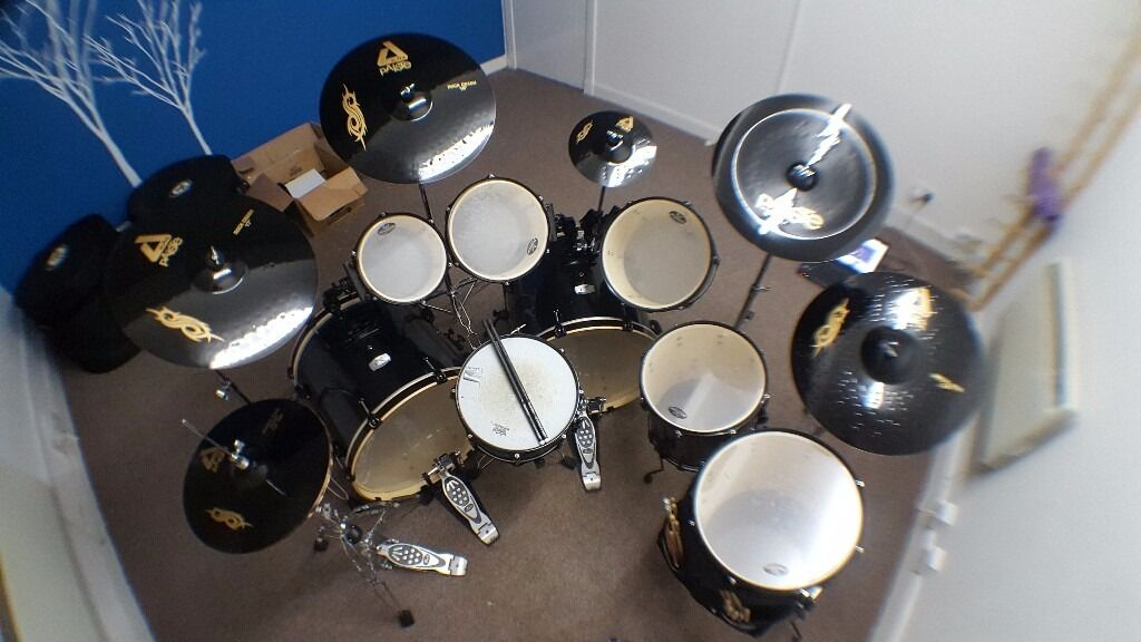 joey jordison signature export drum kit cases in aberdeen gumtree. Black Bedroom Furniture Sets. Home Design Ideas
