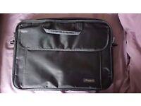 MOBILIS 3101/ADV/16/01 LAPTOP BAG in Black