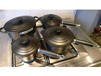 Le creuset saucepan set and oval casserole
