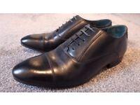 Ted Baker Men's Danyll Toe Cap Oxford Shoes (Black) (UK Size 9) RRP ̶£̶1̶0̶0̶ Like New