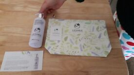 liz earle hand wash and gift bag brand new.