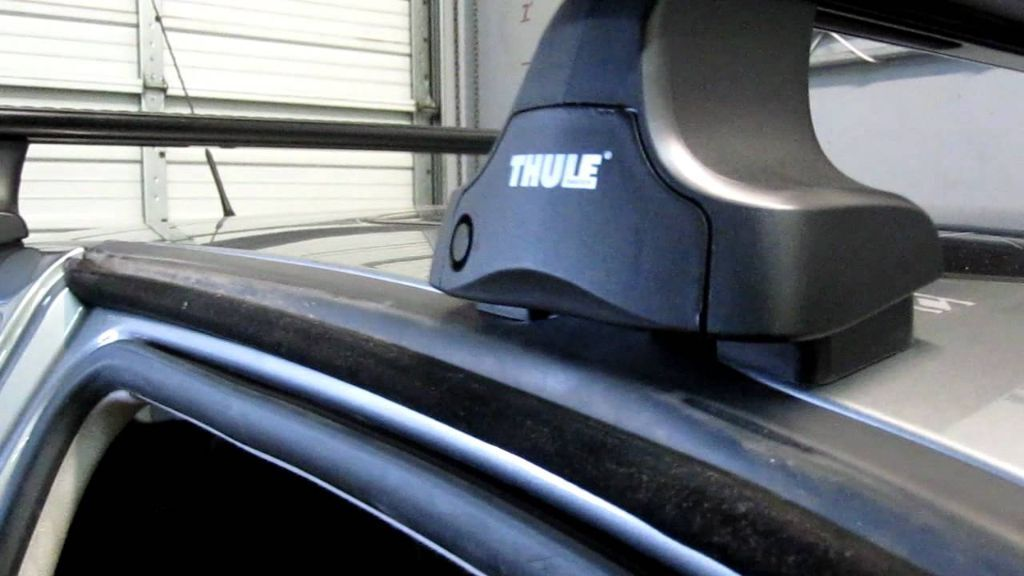 Roof Rack Thule Wing Bars And Rapid System Kit 1323 For