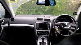 skoda octavia 2012 leeds taxi plated