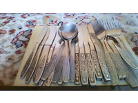 33 pieces of good quality cutlery with decorative handles all in excellent and little used condition